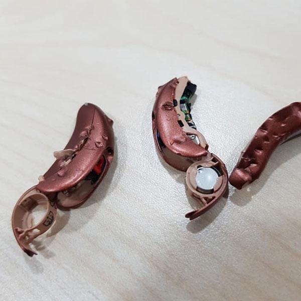 Bild: Hörgerät Reparatur Kosten